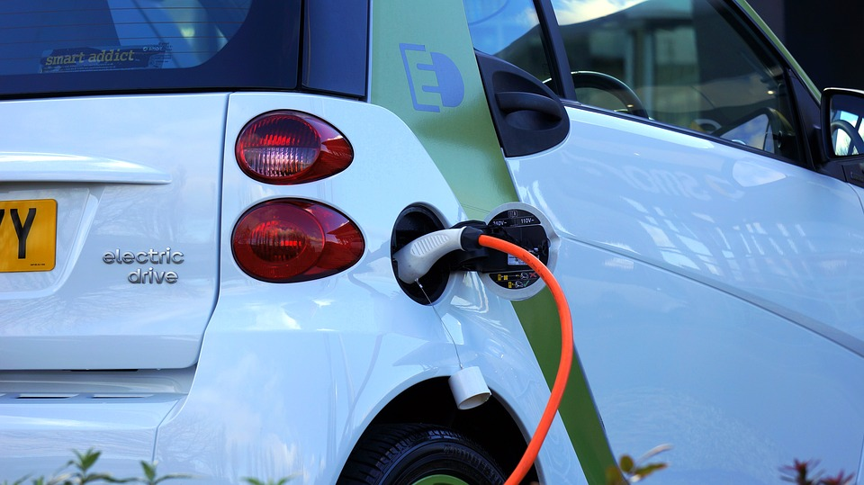 How Does Wireless Electric Vehicle Charging Work?